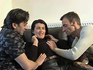Sex3 Video - Brunette Cunt Gets Banged By Two Fuckin' Dudes