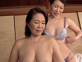BravoTeens Video - Mature Japanese Woman Spreads Her Legs For A Lesbian Shag