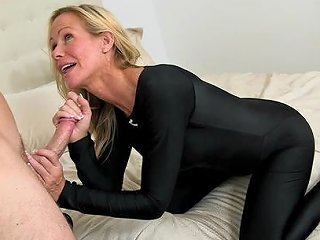 HellPorno Video - Hot Mom Need Younger Dick Inside