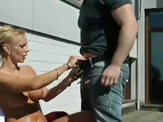 KeezMovies Video - Young Boy Caught Step Mom Sunbathing And Seduce To Fuck