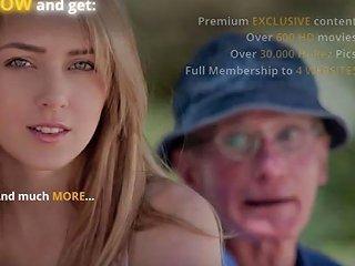 JizzBunker Video - Poor Oldman Gets The Hottest Christmas Gift