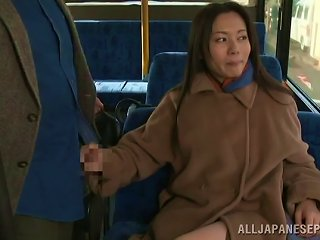 BravoTube Video - Fancy Cougar Dressed Heavily Giving A Guy Captivating Handjob In The Bus In Reality Shoot