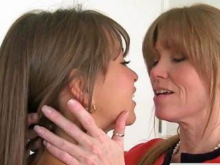 XHamster Video - Pussyloving Mature Lady Trio With Teen Couple Free Porn Ea