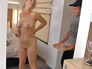 XHamster Video - Chanceux Livreur De Pizza Free Mature Hd Porn 40 Xhamster