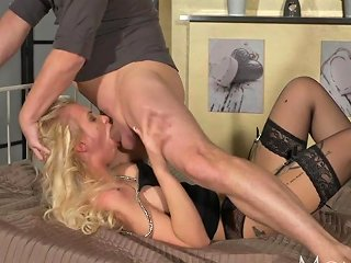 XHamster Video - Mom Wild Blonde Gets The Deepthroat And Submissive Rough Sex