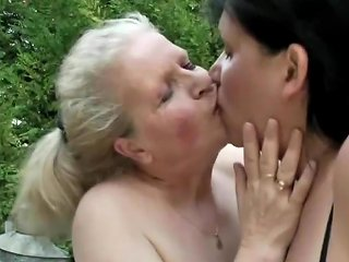 XHamster Video - Mature Lesbians Drink Fuck And Piss On Each Other Faces