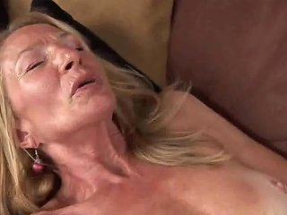 XHamster Video - Hot Skinny Granny Pam Fun With Pussy And Oil By Dracarys69